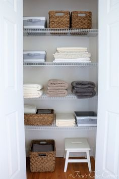 How to Organize a Linen Closet – Tina's Chic Corner