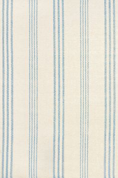 Were sweet on this Swede, in cozy woven cotton in an elegant cornflower blue stripe.   Swedish Stripe also available in indoor/outdoor PET (recycled polyester).