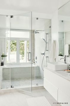 Modern Farmhouse, Rustic Modern, Classic, light and airy master bathroom design suggestions. Bathroom makeover some ideas and master bathroom renovation a few ideas. Wet Room Bathroom, House Bathroom, Bathroom Interior Design, Trendy Bathroom, Shower Tub, Diy Bathroom Decor, Shower Doors, Modern Bathroom, Luxury Bathroom