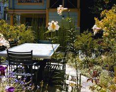 alma garden table