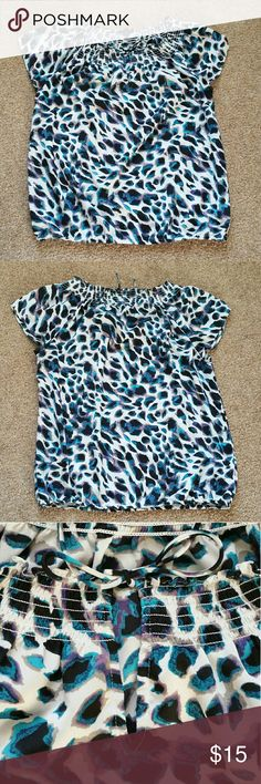 "Ann Taylor leopard print Keyhole Front Blouse Size is small. Colors are white, gray, purple, black, and blue. Elastic waist. 100% polyester.  The last picture shows a thread snag. Measures 20"" across the bust and 23.5"" length.  No trades. If you have any questions please ask. If you don't like the price please use the offer button.  Have an amazing day! ""Great Sense of Style"" Ann Taylor Tops Blouses"