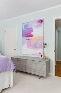 Western Home Decor Large Abstract Painting via Apartment Therapy Millie Sims.Western Home Decor Large Abstract Painting via Apartment Therapy Millie Sims Cheap Bedroom Decor, Cheap Home Decor, Shabby Chic Decor, Vintage Home Decor, Apartment Therapy, Bedroom Designs For Couples, Apartment Painting, Sims, Charleston Homes