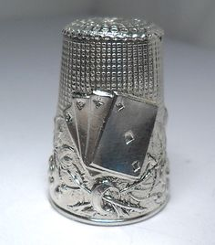 VINTAGE THIMBLE ACES POKER GAMBLING PLAYING CARD STERLING SILVER 925 SEWING ITEM |