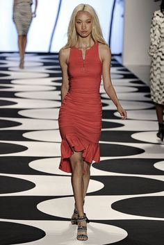 Nicole Miller Spring 2015 Ready-to-Wear Fashion Show - Sherry Q (ONE)