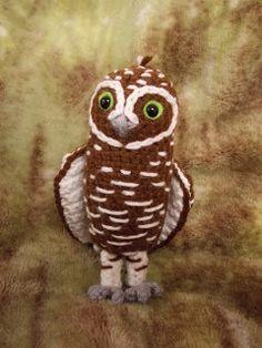 Beautiful Digger the Burrowing Owl. Free at Great Grey Crochet