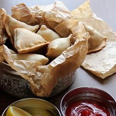 Baked Aloo Samosa - baked low calorie Indian snack.