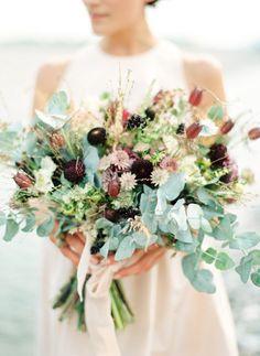Modern and elegant wedding inspiration ~ Peaches Mint