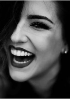 Kéfera Buchmann People Photography, Photography Tips, Black Sand, Black And White, Youtubers, Divas, Nice Lips, Great Smiles, Naturally Beautiful