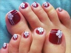 Looking for some ideas for toe nail art designs? We give you the best selection of ideas and inspiration for your toe nail art, patterns and decorations Flower Toe Nails, Cute Toe Nails, Fancy Nails, Toe Nail Art, Pretty Nails, Pretty Toes, Flower Pedicure, Pretty Pedicures, Pedicure Designs