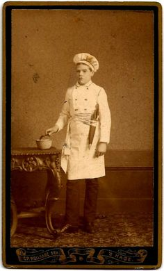 1870s ORIGINAL Antique Dutch OCCUPATIONAL CDV / Uniformed Cook Chef with Knives / by C. P. Wollrabe Sen / Hage (The Netherlands)