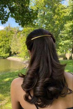 Curly Hair Styles, Natural Hair Styles, Coiffure Hair, Healthy Hair Tips, Aesthetic Hair, Hair Day, Gorgeous Hair, Beautiful Beautiful, Pretty Hairstyles