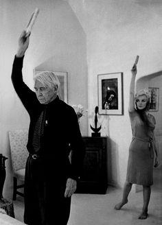 Marilyn Monroe visiting famed poet Carl Sandburg, 1962.