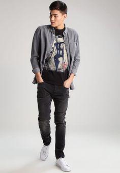 Skinny Only & Sons ONSLOOM  - Jeans Skinny - black denim noir: 39,95 € chez Zalando (au 14/11/17). Livraison et retours gratuits et service client gratuit au 0800 915 207.