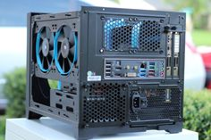Custom Water Cooled Build: Corsair 250D - Album on Imgur Computer Build, Computer Repair, Computer Case, Gaming Computer, Computer Gadgets, Computer Technology, Diy Electronics, Electronics Projects, Watercooling Pc
