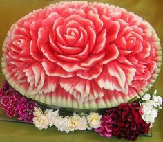 9 Images / Fruit and Vegetable Amazing Art