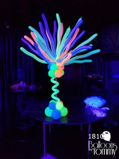 Balloons by Tommy Glow Party Decorations, 40th Birthday Decorations, Party Themes, Party Ideas, Neon Lights Party, Neon Party, Colorful Party, Glow In Dark Party, Glow Stick Party