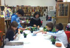 Alla Fonderia delle Arti di Malnate (Varese) tra i tanti corsi anche quello di giardinaggio per bambini. http://fonderiadellearti.blogspot.it/