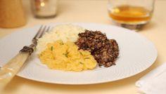 #food_recipes Haggis with neeps and tatties http://www.bbc.co.uk/food/recipes/haggiswithneepsandta_90856… #cooking #food