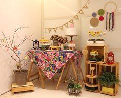 Decoração de festa junina: 90 ideias coloridas e criativas Ramadan Crafts, Ramadan Decorations, Get The Party Started, Party Themes, Diy And Crafts, Picnic, Homemade, Birthday, Ideas
