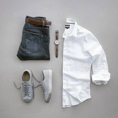 Are you wondering how to wear white sneakers for men or how to look sharp in simple jeans and casual shirt outfits? Then this 30 coolest casual street style looks is just the perfect guide you need to help you look AMAZING! Mode Outfits, Casual Outfits, Men Casual, Fashion Outfits, Fashion Fashion, Casual Clothes For Men, Mens Fashion Blog, Fashion Menswear, Fashion Sale