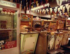 Retro arcade http://sobadsogood.com/2012/05/11/10-photos-of-a-retro-classic-arcade-before-video-games/