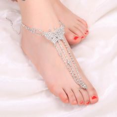 This #RhinestoneFootChain is in sweet style. The glittering crystal will make you full of light.  Pretty girls wear it and start a romantic beach  http://www.tomtop.cc/m2yymm  trip!