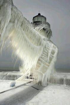 sea mist froze in the wind