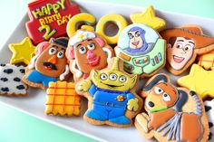 Toy story icing cookies. トイストーリーのアイシングクッキー Toy Story Theme, Festa Toy Story, Toy Story Party, Toy Story Birthday, Cookies For Kids, Cute Cookies, Cupcake Cookies, Iced Cookies, Toy Story Slinky