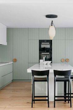 34 Best Kitchen Paint Colors - Ideas for Popular Kitchen Colors Mint Green Rooms, Mint Green Kitchen, Pastel Kitchen, Green Kitchen Cabinets, Kitchen Cabinet Styles, Custom Kitchen Cabinets, Kitchen Backsplash, Kitchen Storage, Timber Kitchen