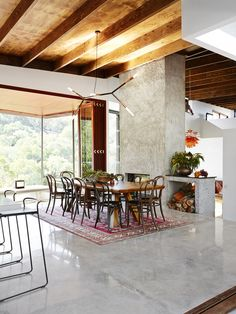spotted gum house for grand designs australia and shane thompson architects. grand-designs-brookfield-house10.jpg