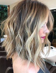 Hair Highlights Color Trends : Tousled Wavy Lob With Balayage Highlights Hairstyles Haircuts, Cool Hairstyles, Middle Hairstyles, Short Haircuts, Weave Hairstyles, Wedding Hairstyles, Blonde Haircuts, Anime Hairstyles, Hairstyles Videos
