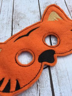 New to babymoon on Etsy: Cute Tiger felt mask - dress up - toddler mask - preschool - kid mask - fantasy - whimsical Halloween ideas - party favors (12.99 USD)