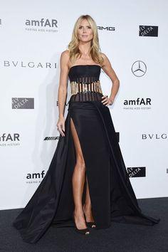 Heidi Klum looked flawless tonight in #AtelierVersace at the amfAR gala in Milan. #VersaceCelebrities