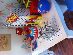 ideas for pumpkin shine props Superhero Treats, Superhero Party, Theme Parties, Party Themes, Party Ideas, Edible Creations, Party Party, Halloween Ideas, Party Planning