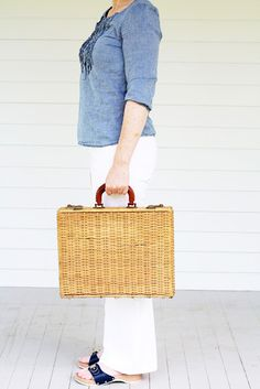 Love the wicker attaché... but I'm feeling particularly nostalgic for these Dr. Scholl's sandals!!