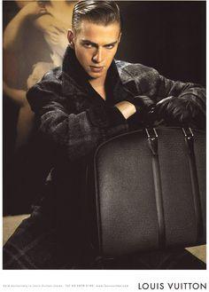 All Black, Hayden Christensen for Louis Vuitton Louis Vuitton Men Shoes, Hayden Christensen, Le Male, Hot Actors, Cute Guys, Pretty Boys, Beautiful Men, Beautiful People, Satchel