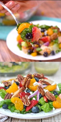 Copycat Panera Strawberry Pecan Salad is loaded with fresh berries and candied pecans. It's also topped with a sweet, homemade lemon poppyseed dressing. Copycat Panera Strawberry Pecan Salad is loaded Healthy Salad Recipes, Healthy Snacks, Healthy Eating, Dinner Healthy, Diet Snacks, Healthy Dishes, Salad Bar, Soup And Salad, Panera Salad