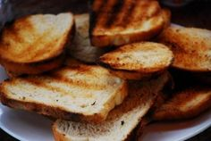 Dieta cu paine prajita te scapa de kilograme dupa o saptamana. Iata recomandarile: Luni: Mic dejun: o cana de lapte degresat,un fruct şi o felie de paine prajita,care cantareste 25 de grame. Masa de prânz:...