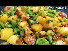 Ca la bunica! doar 3 ingrediente-masă gustoasă, ieftină, sănătoasă pentru prânz/cină OleseaSlavinski - YouTube Veggie Recipes, Cooking Recipes, Healthy Recipes, Yummy Food, Tasty, Le Diner, Quick Meals, Green Beans, Side Dishes