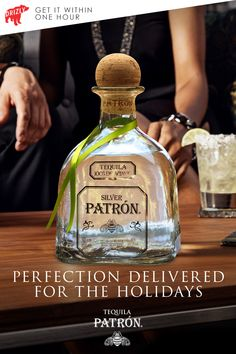 Toast to the season with ultra-smooth Patrón Silver. Make this tequila-favorite your go-to for every holiday gathering. Bar Drinks, Yummy Drinks, Alcoholic Drinks, Beverages, Patron Tequila, Bourbon Cocktails, Holiday Cocktails, Patron Silver, Bubble