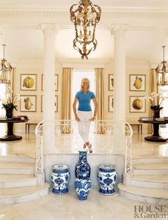 Traditional Entrance Hall by Bunny Williams Inc. and Thomas M. Kirchhoff in Palm Beach, Florida