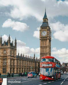 Credit to @itsjudear : A Red Bus & The Elizabeth Tower + A Black cab = London• • • • #London #thisislondon #worldcaptures #igerslondon #londonguru #ukpotd #transportforlondon #justgoshoot #cityoflondon #uk_shooters #ig_europe #igersoftheday #igdaily #way2ill #londonlife #TheLondonLifeInc #weekly_feature #elizabethtower #mydarlinglondon #welivetoexplore #photooftheday #ldnculture #just_features #hq_uk #wundrouslondon #visitlondon #bigben #westminster #earthpix #trappingtones LPMISSY