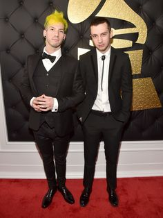 Guys, they did it. I still have goosebumps. I remember when they were just this little rock/pop band in Ohio that only a few knew. Now they're famous, they have an entire army-the clique- and getting grammys in their underwear