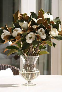 Arreglo de magnolios artificiales