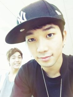 G.O (MBLAQ) with Mir in the background