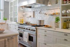 Ventajas de decorar cocinas blancas