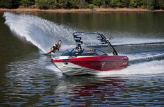 3DVTX: Water Skiing by MalibuImages, via Flickr