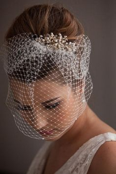 Pearl Trim Birdcage Veil- with the pearls it's just too perfect, beautiful! I like her hair up high, I like the position of the veil. Only issue is I will have to remove the whole piece in order to take the veil off for the reception. Vintage Birdcage Veils, Vintage Bridal Hair, Retro Wedding Hair, Short Wedding Hair, Wedding Vintage, Dress Vintage, Vintage Room, Vintage Weddings, Lace Weddings
