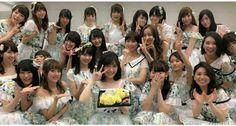Watanabe  Mayu celebrates pre birthday with Members