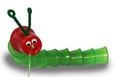 "Crawling Caterpillar craft to do with ""The Very Hungry Caterpillar"" by Eric Carle Projects For Kids, Crafts For Kids, Arts And Crafts, School Projects, Craft Activities, Preschool Crafts, Hungry Caterpillar Craft, Paper Cup Crafts, Bug Crafts"